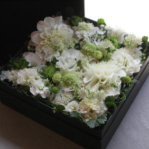 Box Flower Arrangement   ボックスフラワーアレンジメント